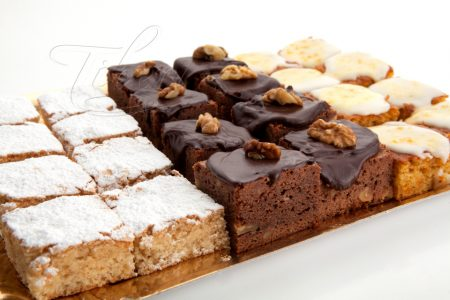Trays of sweets (24 units)